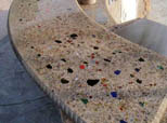 Countertop glass beads